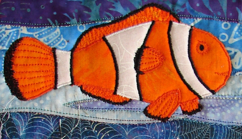 applique nemo fish with stitching on fins