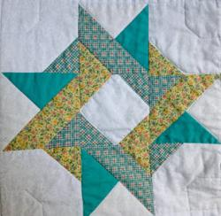 Entwined Star using Teal 30s fabrics